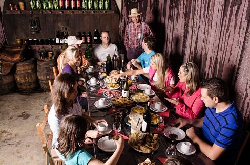Gastronomia típica comemora o dia do vinho- Crédito Tatiana Cavagnolli