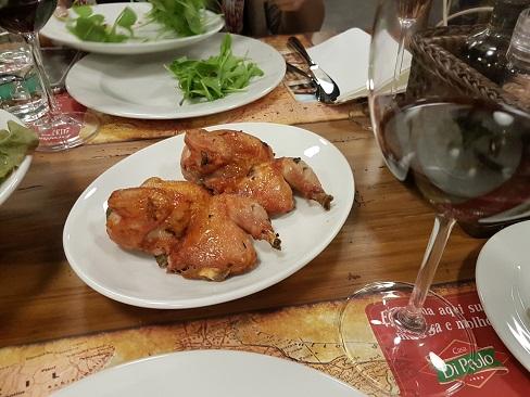 Galeto radicci e vinho